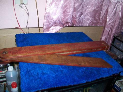 antigua herramienta de carpintería, escuadra falsa 51 ctms.