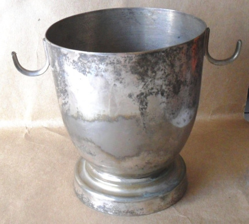 antigua hielera  metal plateado - registro london plate