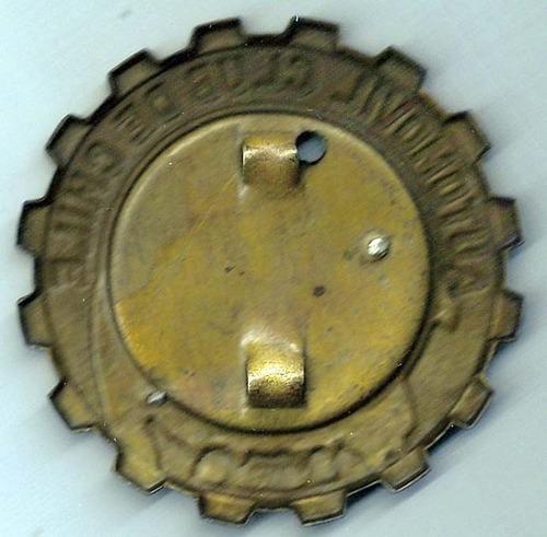 antigua-insignia automóvil club chile (1956)-cobreada-alumin