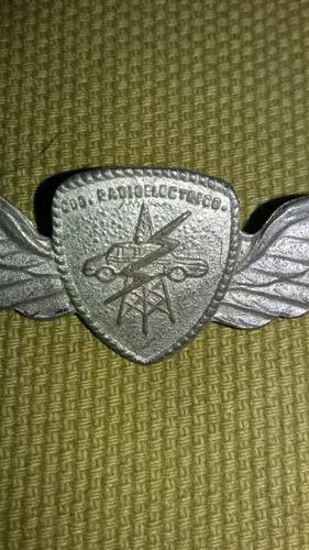 antigua insignia policía bonaerense