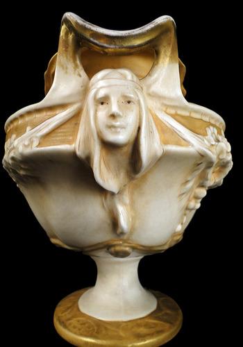 antigua jardinera porcelana austríaca royal dux art nouveau