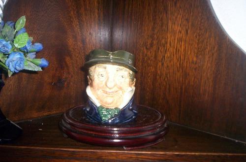 antigua jarra royal doulton captain cuttle medium no small