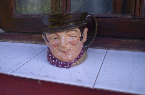 antigua jarra royal doulton sam weller tamaño grande