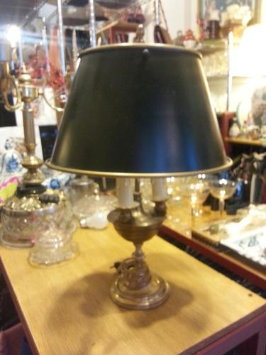 antigua lampara inglesa de escritorio.