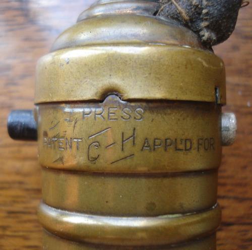 antigua lampara portatil patentada en 10/1908 made in usa