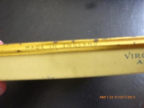 antigua lata de cigarros abdulla  con cigarros(e3