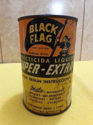 antigua lata de insecticida black flag