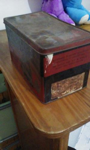 antigua lata de plancha