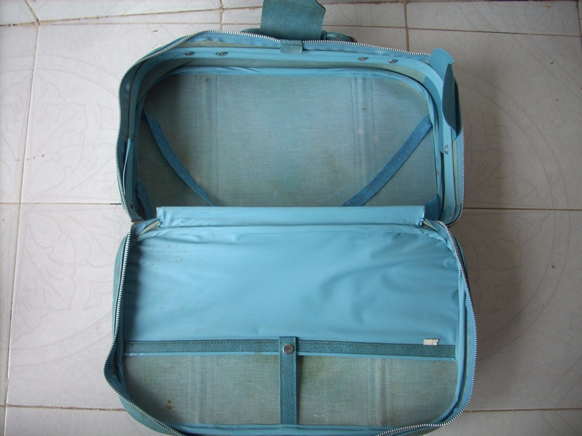 Antigua maleta world traveler coleccion decoracion 580 - Comprar maletas antiguas decoracion ...