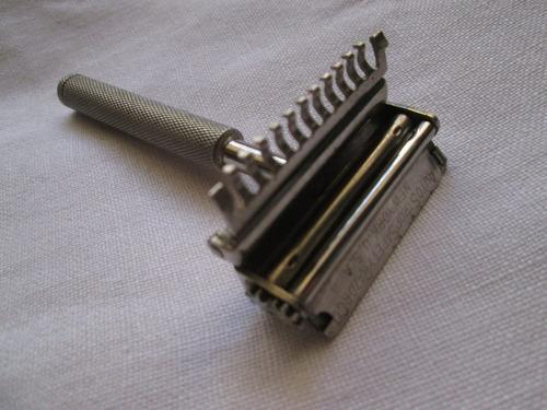 antigua maquina afeitar valet auto strop razor