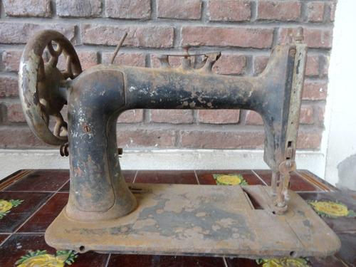 antigua maquina de coser