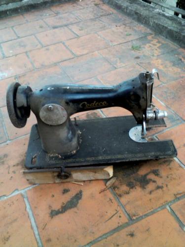 antigua maquina de coser  godeco