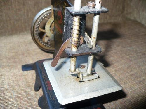 antigua máquina de coser juguete casige 1915