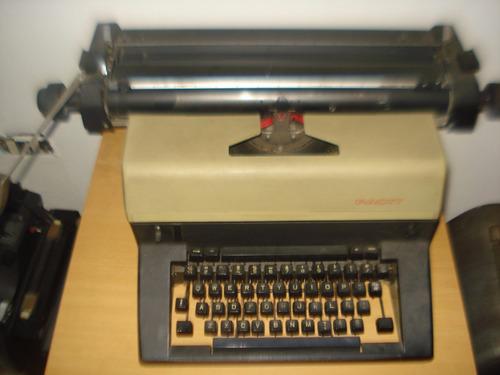 antigua maquina de escribir