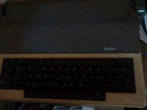 antigua maquina de escribir electrica brother ax-10