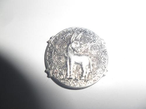 antigua medalla burro burrito asno miniatura figura juguete