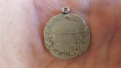 antigua medalla de plata tranvia sociedad socorros mutuos