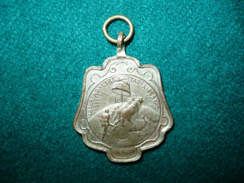 antigua medalla estacion bengolea cordoba  centenario 1916