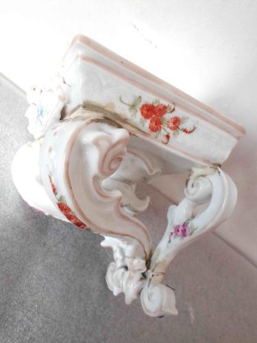 antigua mensula estante en porcelana alemana estilo meissen