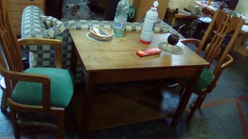 antigua mesa de campo.