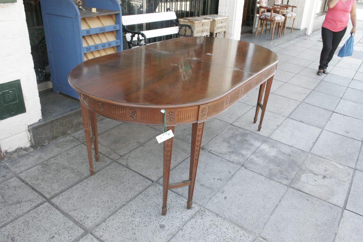 Mesas ovaladas mesa de comedor ovalada de madera muebles - Mesas de comedor antiguas ...