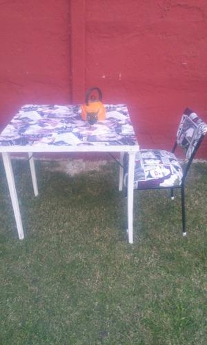 antigua mesa de pocker  plegable intervenida