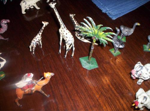 antigua palmera de plomo  eg toys original  la selva