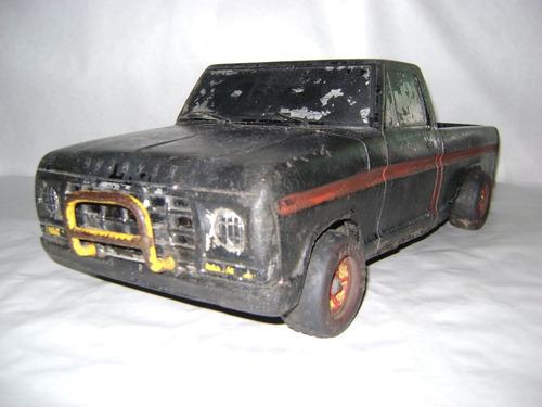 antigua pick up ford  duravit 101 con defensa