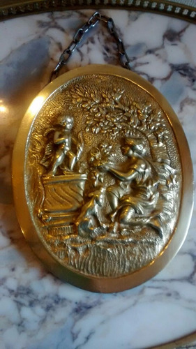antigua placa de pared de bronce macizo trabajada a mano