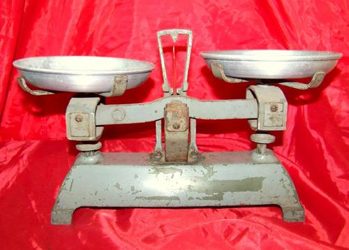 antigua platos balanza
