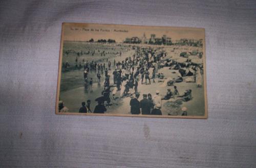 antigua postal de la playa pocitos en 1930.buen estado....