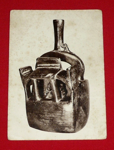 antigua postal huaco cerámica chimú perú blanco y negro