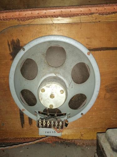 antigua radio combinado tocadiscos
