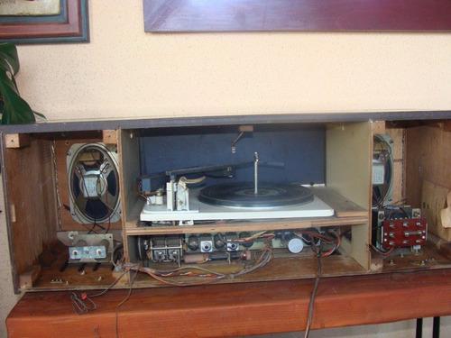 antigua radio japonesa nivico(jvc)