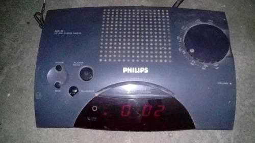 antigua radio reloj despertador philips con fm/am funcionand