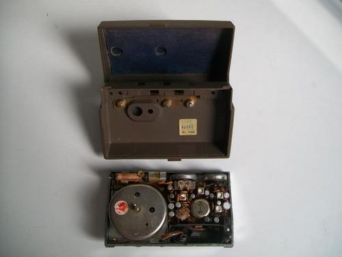 antigua radio westinghouse travel clock