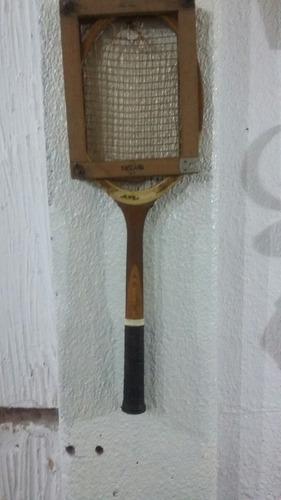 antigua raqueta slazenger