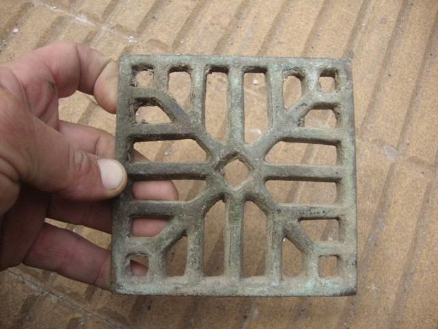 Antigua Rejilla Cuadrada De Bronce Sin Marco 11,5 X 11,5cm - $ 300 ...