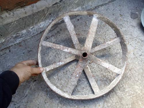 antigua rueda de hierro de 37,5 diam x 16 ancho total