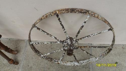 antigua rueda en hierro maquina agrícola 66 cm de diámetro