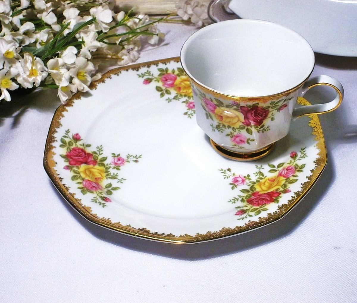 Antigua taza de porcelana bavaria winterling con rosas for Tazas porcelana