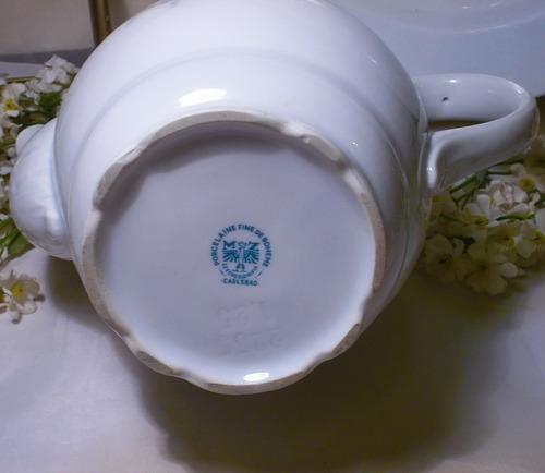 antigua tetera de porcelana de bohemia año 1945