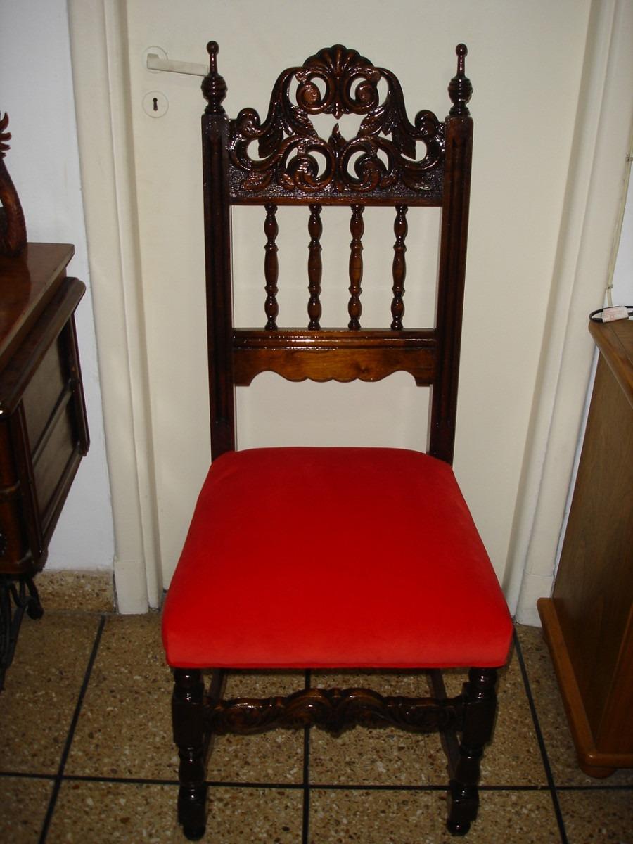 Silla baja de madera roja