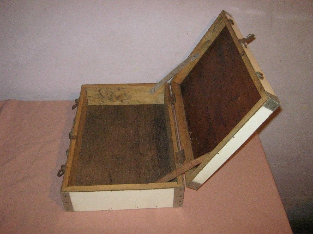 Antigua valija de madera forrada de carmica 800 00 en for Aberturas antiguas de madera