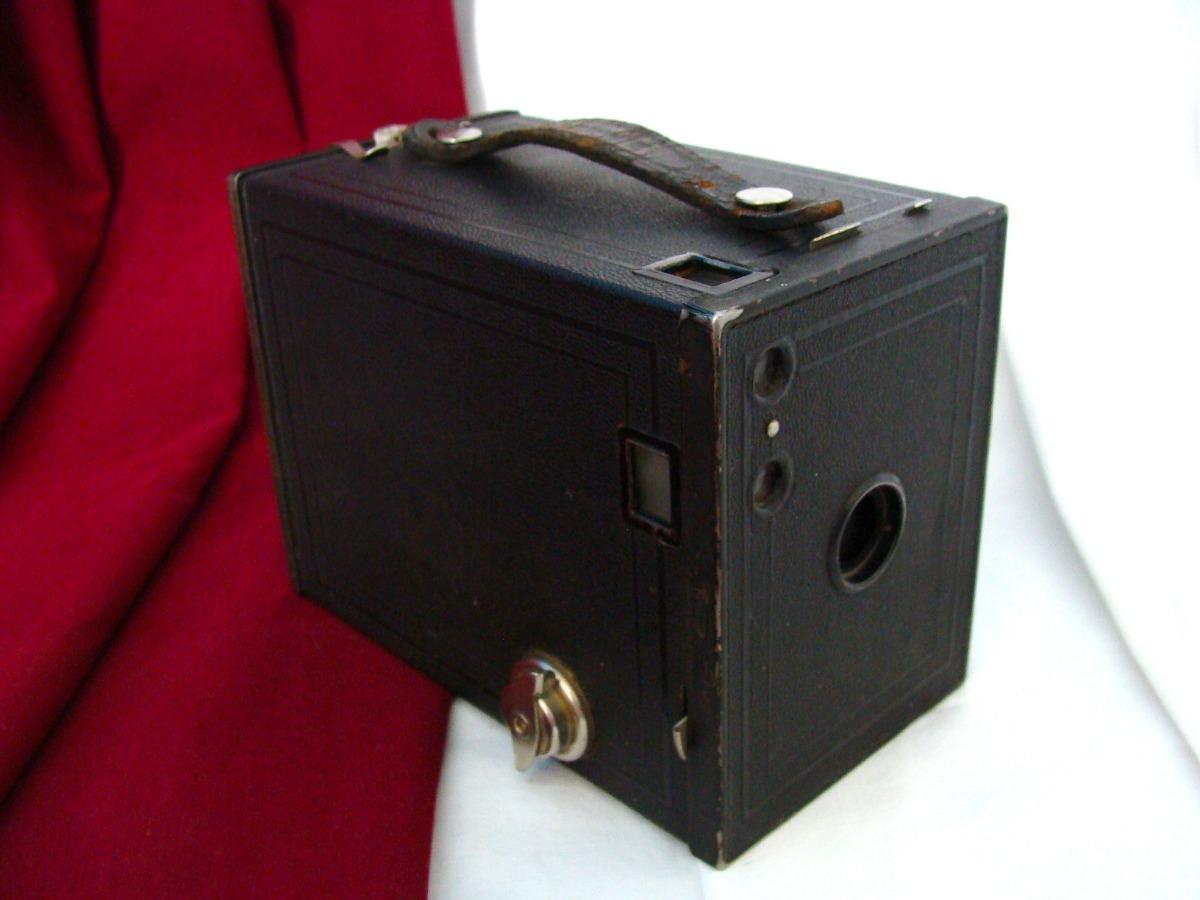 Antigua / Vintage Bonita Cámara Brownie No2 Kodak, Film 120 - $ 580 00