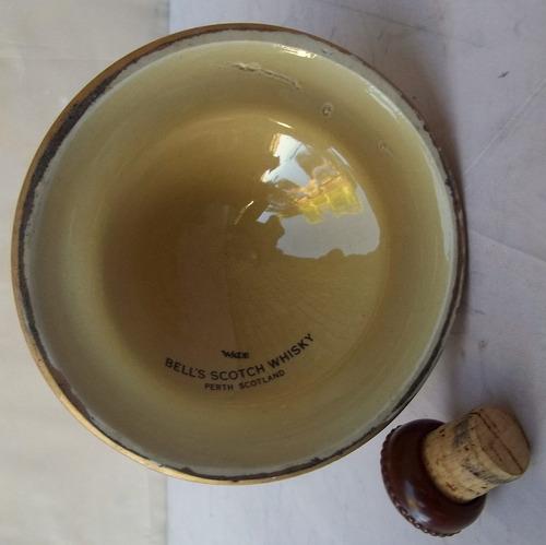 antigua y bella botella vacia bell's scotch whisky.