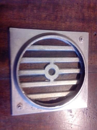 antiguas rejillas de  bronce  cromado con marco  sin uso