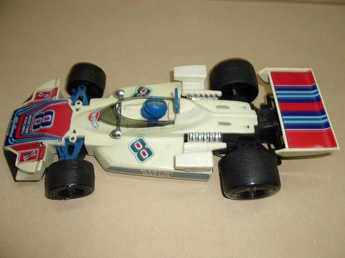 antiguo auto de carrera en plástico c/detalle en chapa lotog
