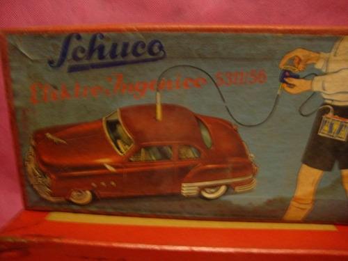 antiguo auto juguete