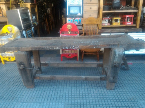 antiguo banco de carpintero 2,40mts original con morsa